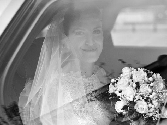 Il matrimonio di Luca e Miriam a Rovellasca, Como 11
