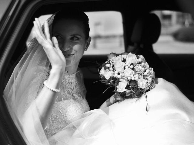 Il matrimonio di Luca e Miriam a Rovellasca, Como 12