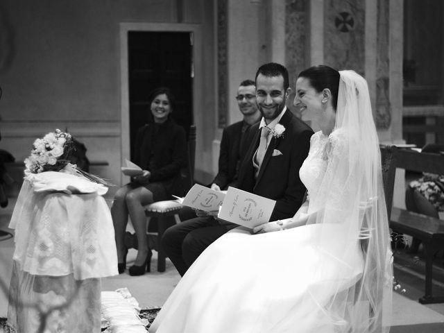 Il matrimonio di Luca e Miriam a Rovellasca, Como 18