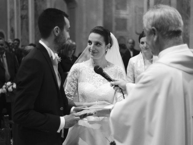 Il matrimonio di Luca e Miriam a Rovellasca, Como 21