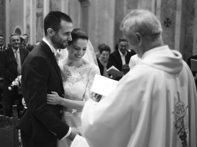 Il matrimonio di Luca e Miriam a Rovellasca, Como 22