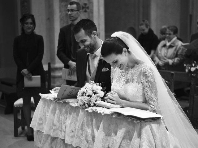 Il matrimonio di Luca e Miriam a Rovellasca, Como 24