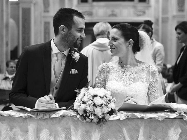 Il matrimonio di Luca e Miriam a Rovellasca, Como 26