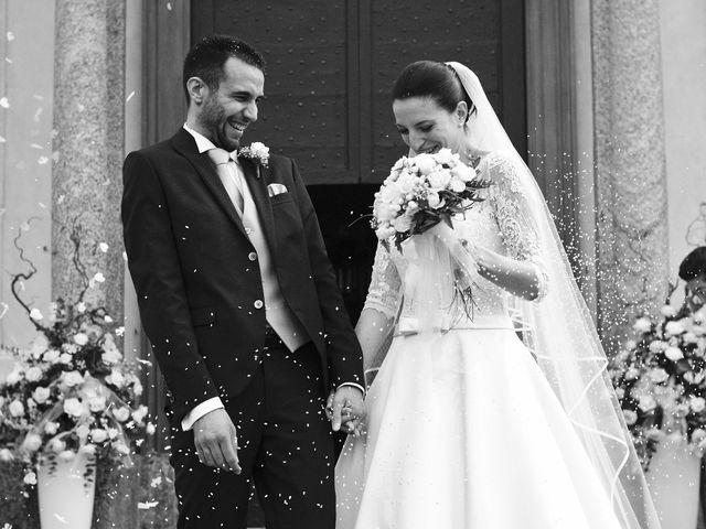 Il matrimonio di Luca e Miriam a Rovellasca, Como 30