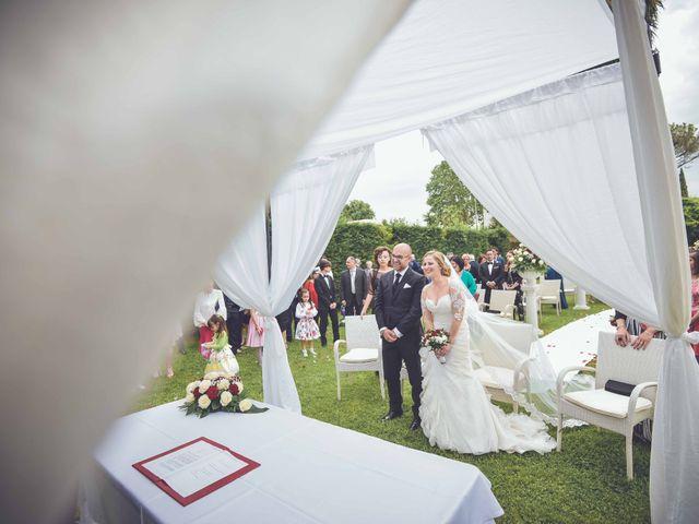 Il matrimonio di Mario e Enza a Nola, Napoli 1