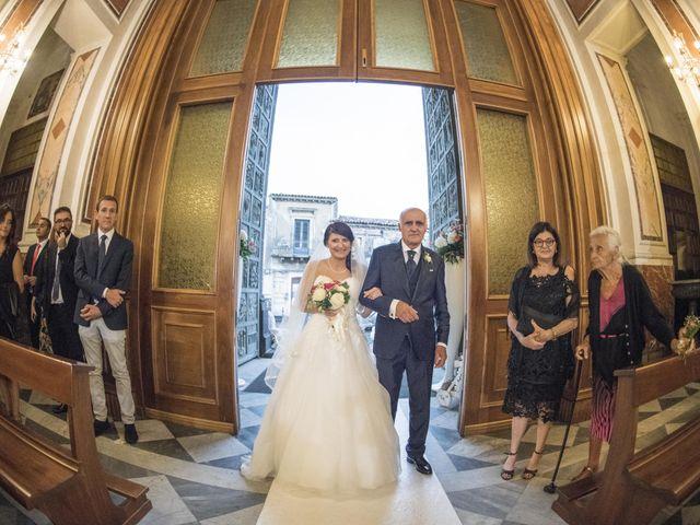 Il matrimonio di Tania e Giuseppe a Mascalucia, Catania 18
