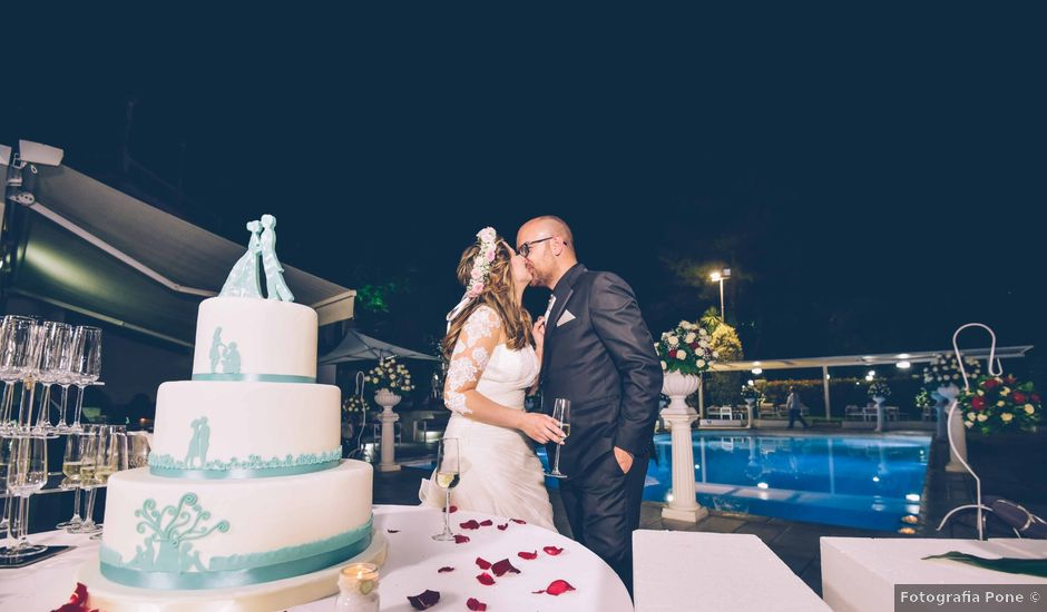 Il matrimonio di Mario e Enza a Nola, Napoli