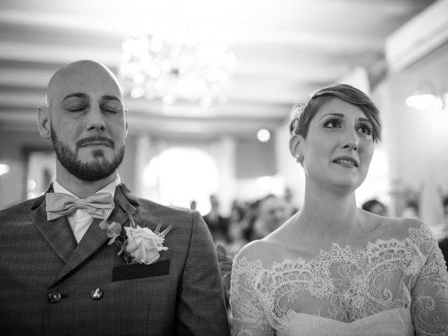Il matrimonio di Davide e Dunia a Grumello del Monte, Bergamo 16