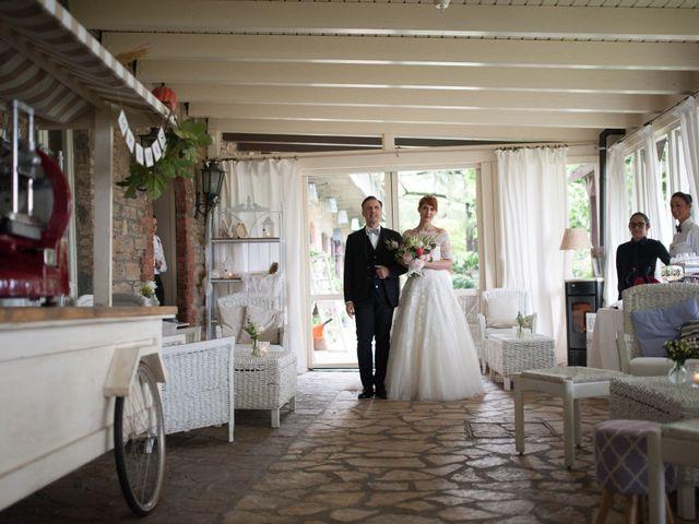 Il matrimonio di Davide e Dunia a Grumello del Monte, Bergamo 15