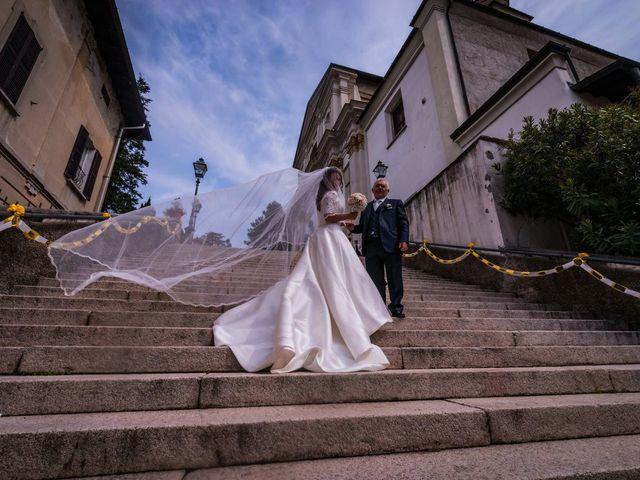 Il matrimonio di Sergio e Sabrina a Besozzo, Varese 28