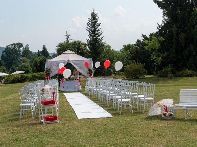 Il matrimonio di Alessandro e Elisabetta a Varano Borghi, Varese 9