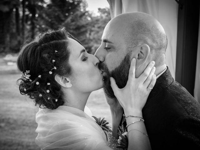 Il matrimonio di Alessandro e Elisabetta a Varano Borghi, Varese 16