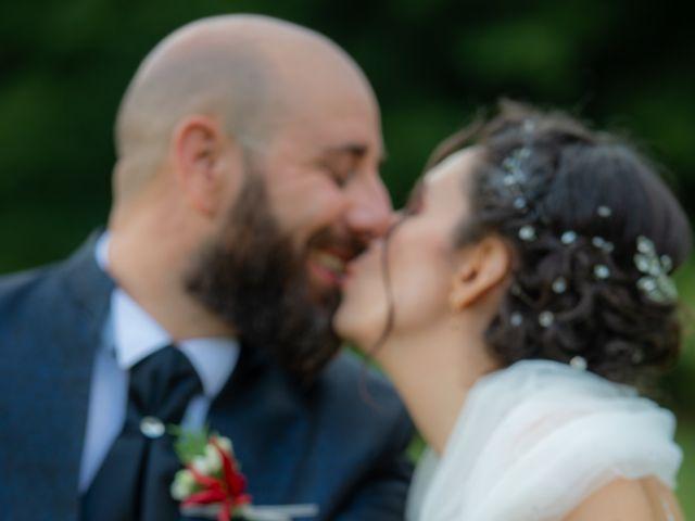 Il matrimonio di Alessandro e Elisabetta a Varano Borghi, Varese 26