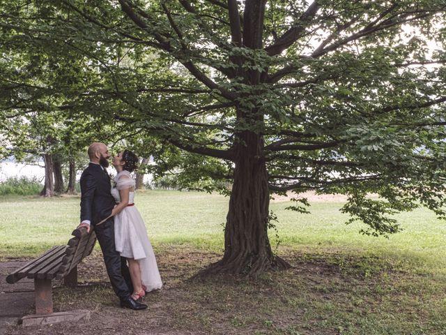 Il matrimonio di Alessandro e Elisabetta a Varano Borghi, Varese 29