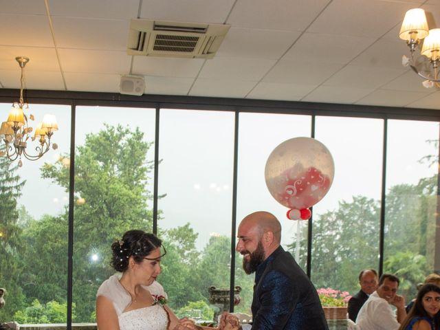 Il matrimonio di Alessandro e Elisabetta a Varano Borghi, Varese 31