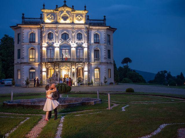 Il matrimonio di Alessandro e Elisabetta a Varano Borghi, Varese 35