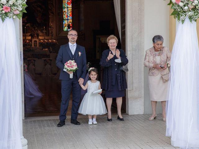 Il matrimonio di Yarianni e Enrico a Brembate, Bergamo 92