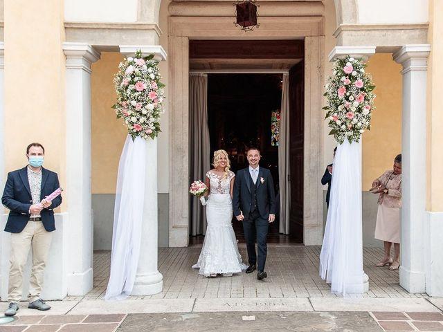 Il matrimonio di Yarianni e Enrico a Brembate, Bergamo 171