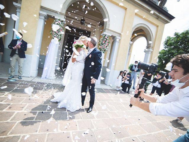 Il matrimonio di Yarianni e Enrico a Brembate, Bergamo 174