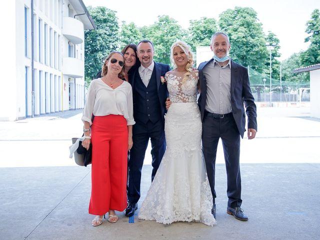 Il matrimonio di Yarianni e Enrico a Brembate, Bergamo 197