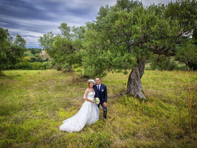 Il matrimonio di Riccardo e Pamela a Treia, Macerata 16