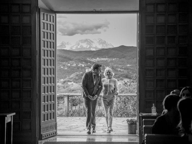 Il matrimonio di Tommaso e Elisabetta a Angera, Varese 14