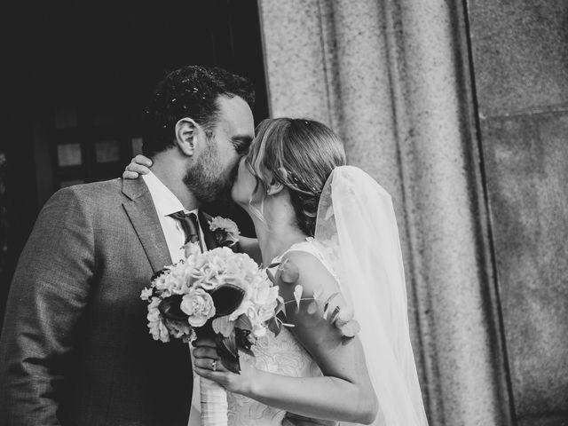 Il matrimonio di Tommaso e Elisabetta a Angera, Varese 23