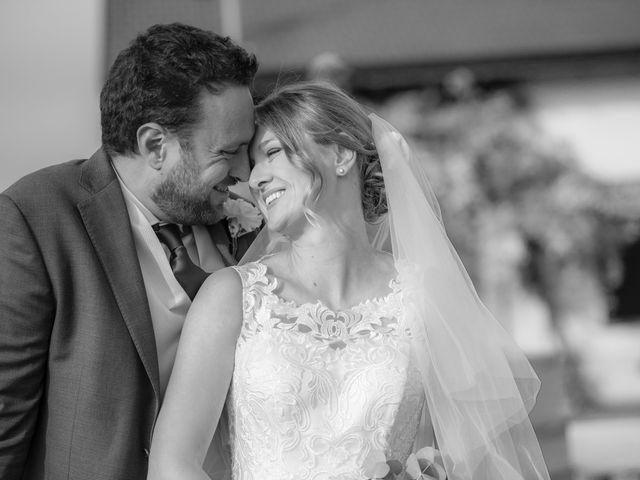 Il matrimonio di Tommaso e Elisabetta a Angera, Varese 24