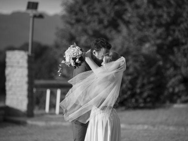 Il matrimonio di Tommaso e Elisabetta a Angera, Varese 27