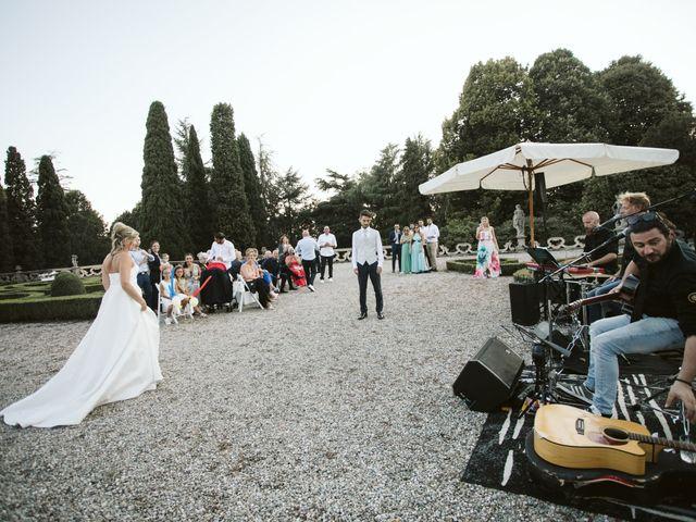 Il matrimonio di MANUEL e VALENTINA a Cernusco Lombardone, Lecco 900