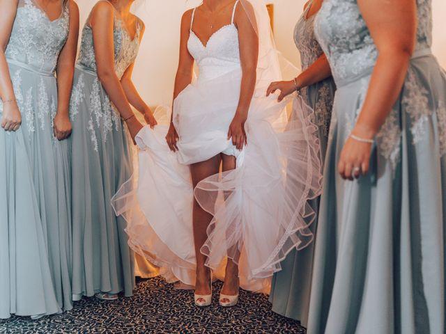 Il matrimonio di Dean e Elena a Loreto Aprutino, Pescara 9