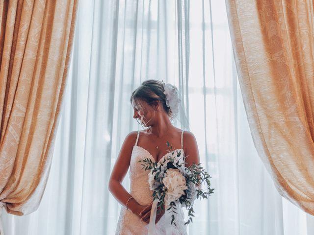 Il matrimonio di Dean e Elena a Loreto Aprutino, Pescara 13