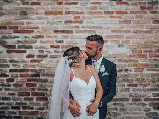 Il matrimonio di Dean e Elena a Loreto Aprutino, Pescara 22