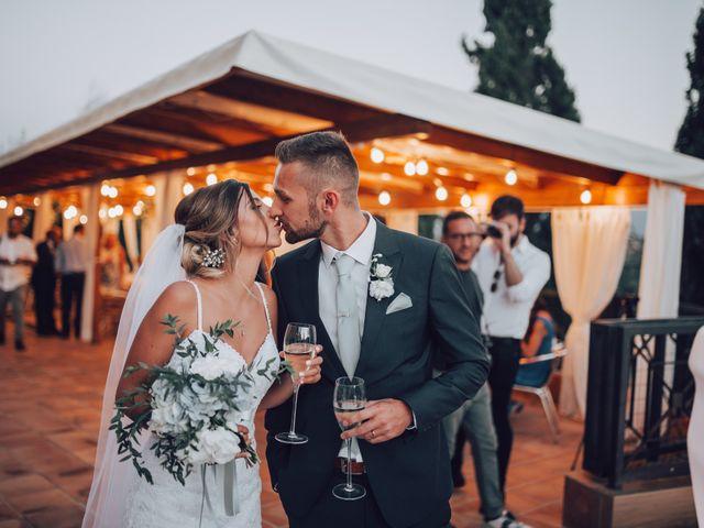 Il matrimonio di Dean e Elena a Loreto Aprutino, Pescara 27