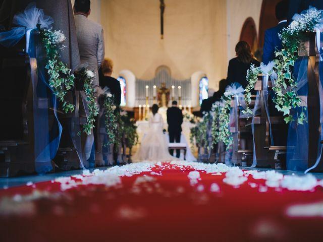 Il matrimonio di Lorenzo e Martina a Borghetto di Vara, La Spezia 32
