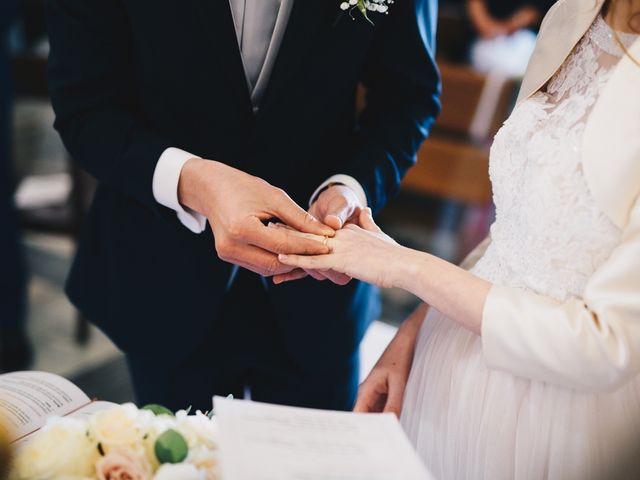 Il matrimonio di Lorenzo e Martina a Borghetto di Vara, La Spezia 36