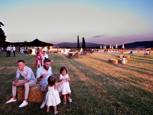 Il matrimonio di Daniel e Margherita a Pratovecchio, Arezzo 19