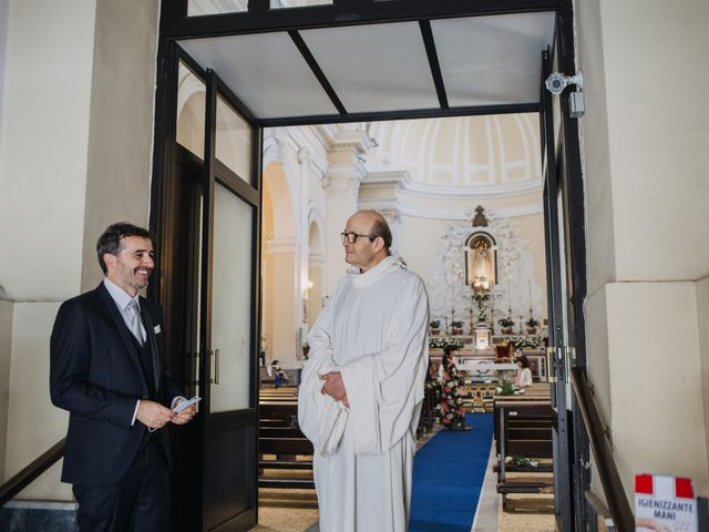 Il matrimonio di Ilaria e Gianluigi a Napoli, Napoli 6