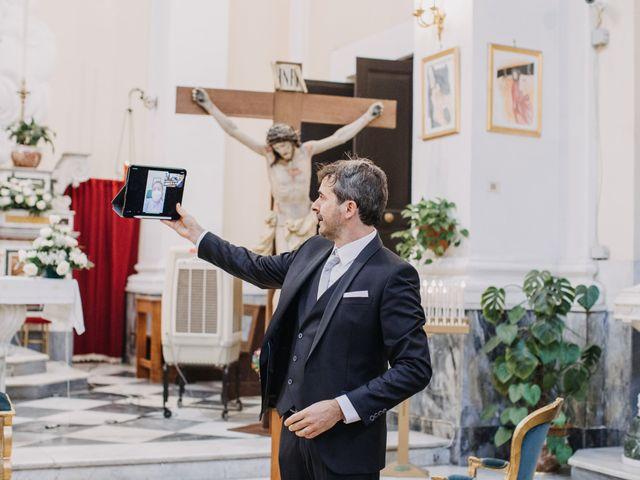 Il matrimonio di Ilaria e Gianluigi a Napoli, Napoli 9