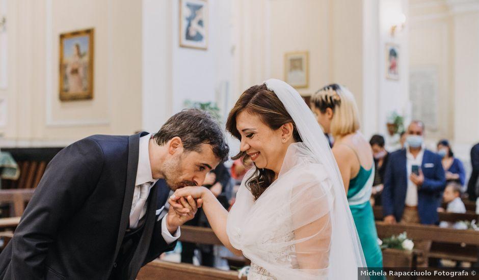 Il matrimonio di Ilaria e Gianluigi a Napoli, Napoli