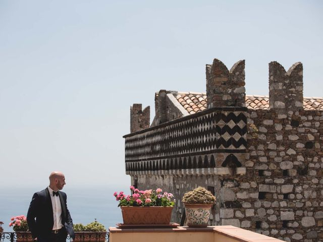 Il matrimonio di Vincenzo e Amanda a Taormina, Messina 3