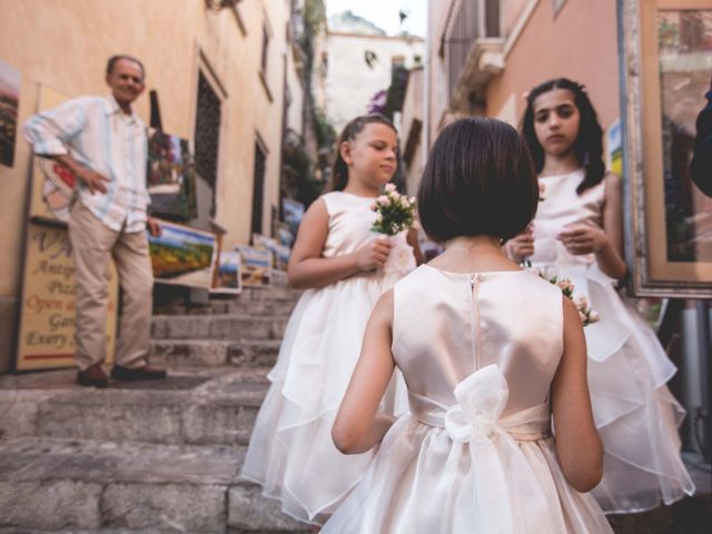 Il matrimonio di Vincenzo e Amanda a Taormina, Messina 16