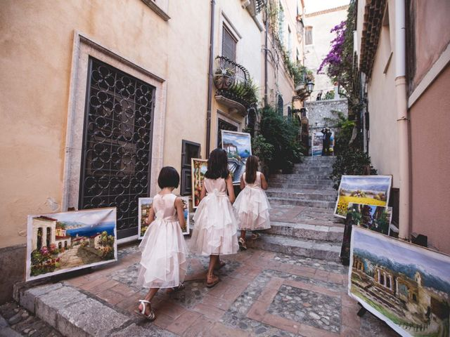 Il matrimonio di Vincenzo e Amanda a Taormina, Messina 22