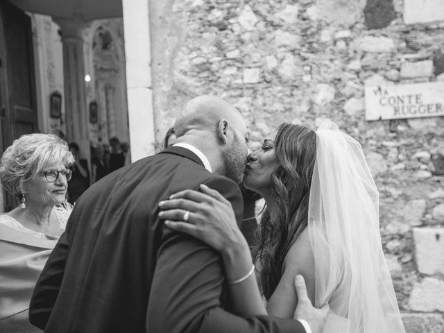 Il matrimonio di Vincenzo e Amanda a Taormina, Messina 26