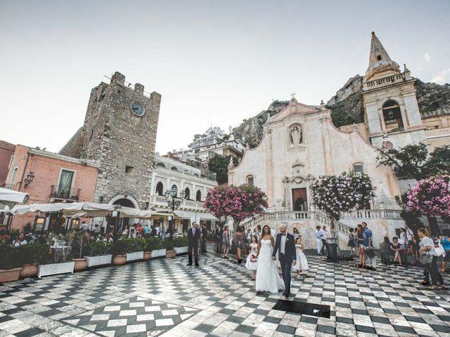 Il matrimonio di Vincenzo e Amanda a Taormina, Messina 36