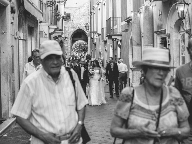Il matrimonio di Vincenzo e Amanda a Taormina, Messina 37