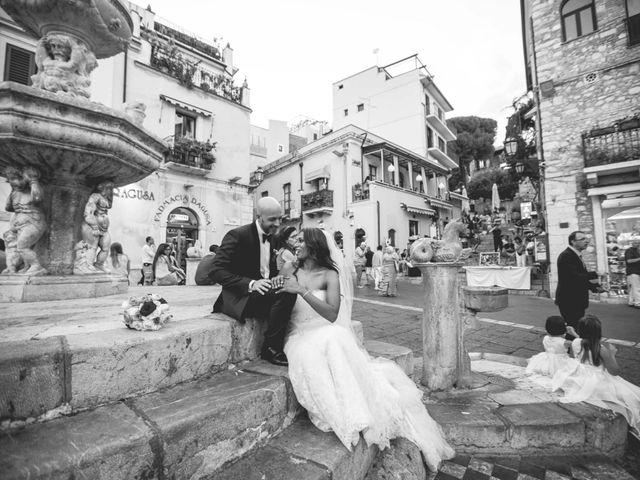 Il matrimonio di Vincenzo e Amanda a Taormina, Messina 43
