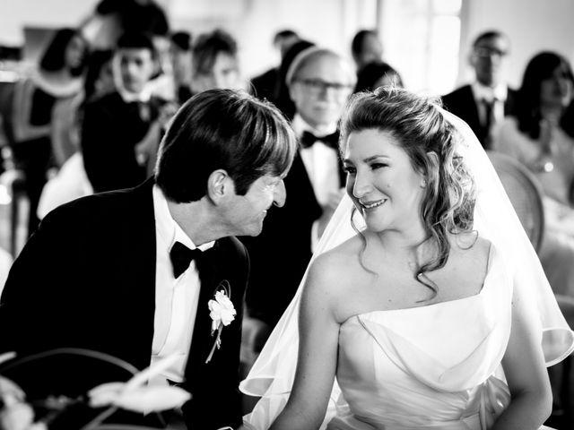 Il matrimonio di Luca e Rebecca a Barolo, Cuneo 37