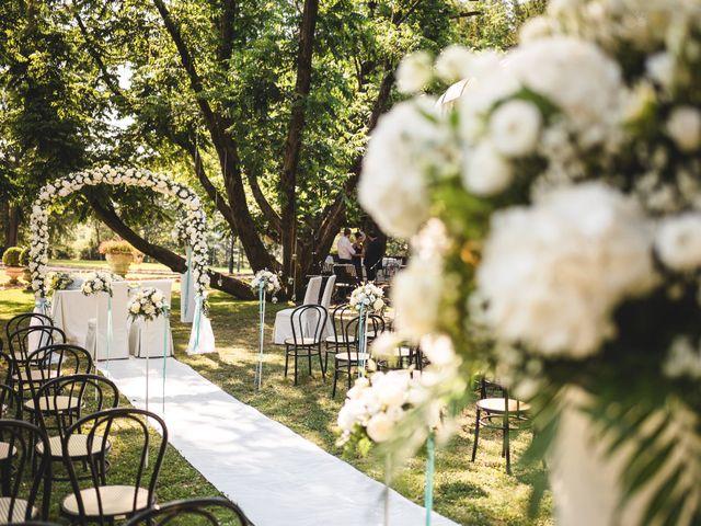 Il matrimonio di Luca e Nadia a Lesmo, Monza e Brianza 16