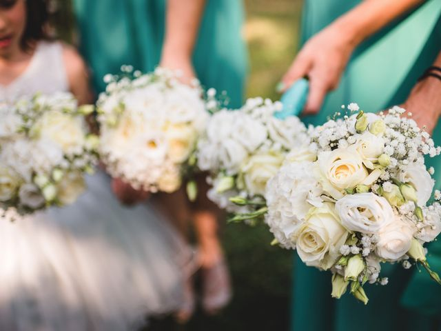 Il matrimonio di Luca e Nadia a Lesmo, Monza e Brianza 17